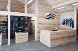 Szczyrk Atrakcja Wypożyczalnia narciarska Wypożyczlani nart RaszkaSport Szczyrk