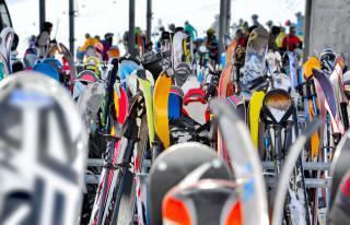 Szczyrk Atrakcja Wypożyczalnia narciarska Epicentrum Sportu